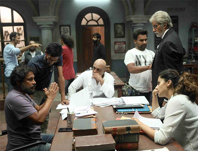 Shoojit Sircar, Piyush Mishra, Amitabh Bachchan and Taapsee Pannu