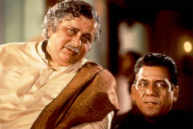Shashi Kapoor and Om Puri in In Custody