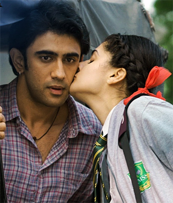 Amit Sadh and Taapsee Pannu in Running Shaadi