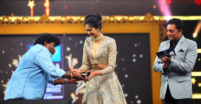 PIX: Shriya, Nayanthara at SIIMA 2017
