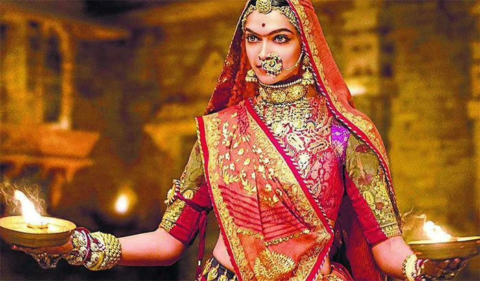Padmaavat Review: Rajput pride played out on a loop