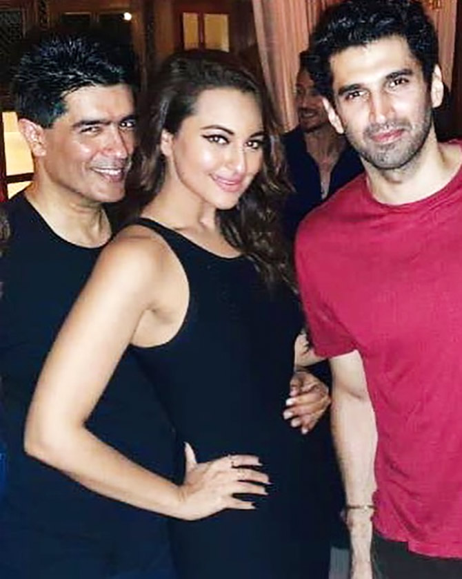 What happens when Manish Malhotra throws a party - Rediff