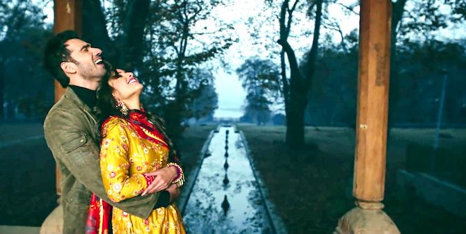 top 10 hindi movies songs 2018