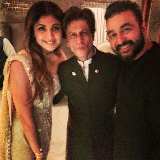 Stars and stars at SRK's Diwali party - Rediff com movies