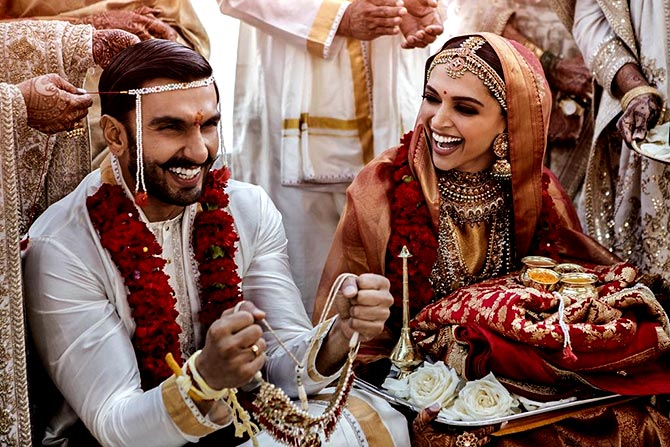 Bollywood wishes DeepVeer