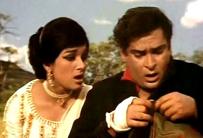 Asha Parekh and Shammi Kapoor in Teesri Manzil