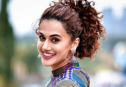 Current Bollywood News & Movies - Indian Movie Reviews, Hindi Music & Gossip - How Taapsee changed Anurag Kashyap's mood