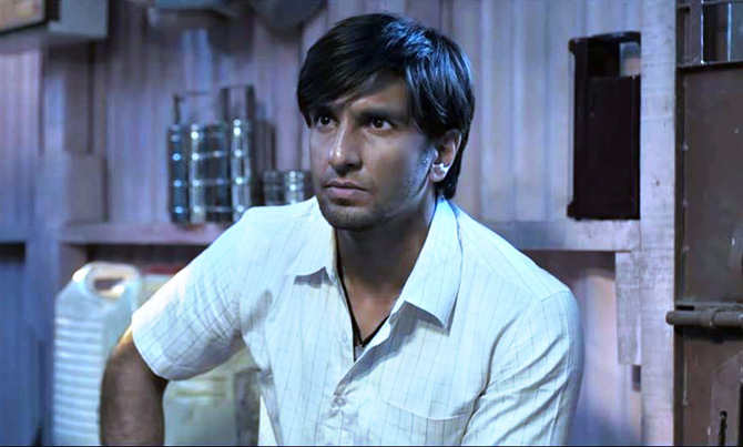Gully Boy Review: You'll cry for Ranveer