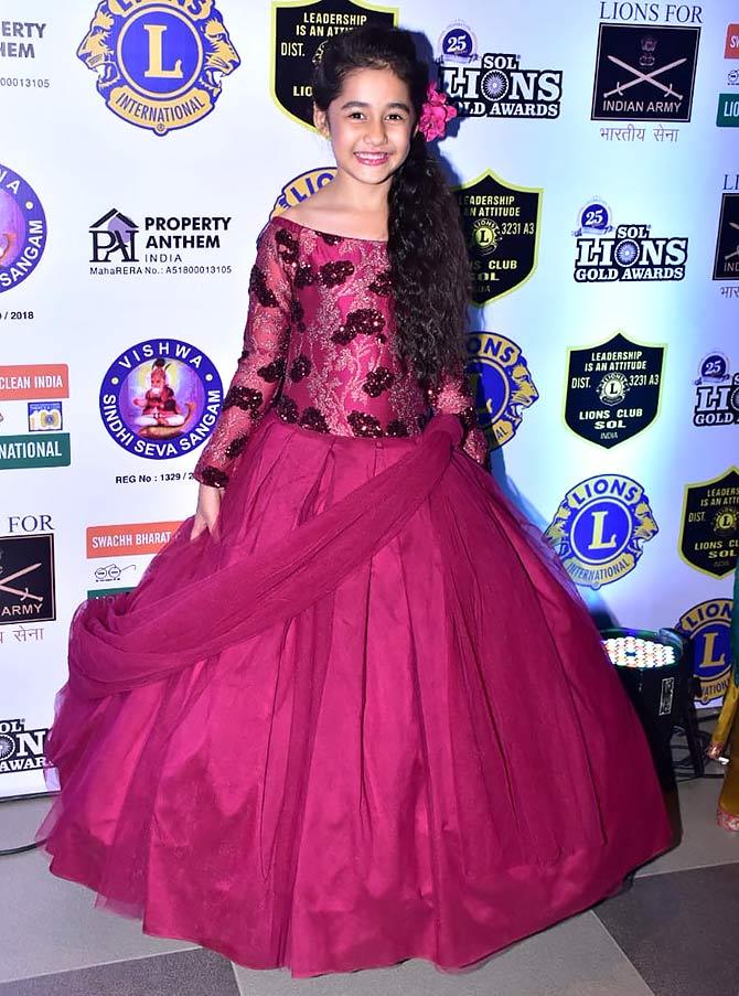 PIX: Mouni, Surbhi, Dipika, Sreesanth win awards - Rediff