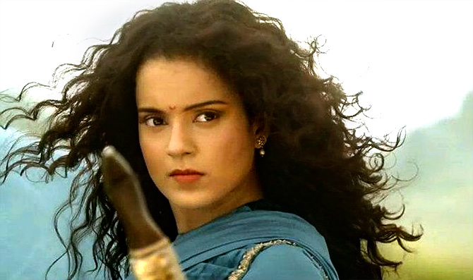 Current Bollywood News & Movies - Indian Movie Reviews, Hindi Music & Gossip - Manikarnika review: Kangana Ranaut is savage, spellbinding!
