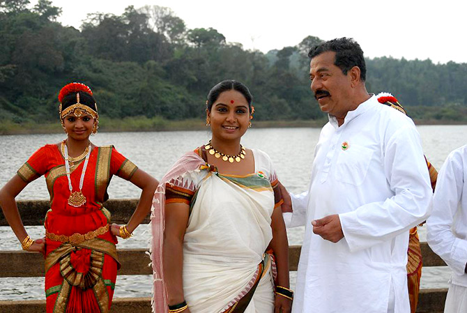 Girish Karnad in Shabdamani