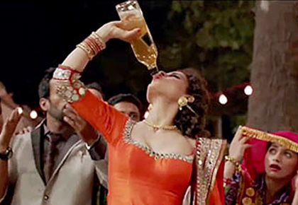 CRAZIEST Things Drunks do in Bollywood Movies