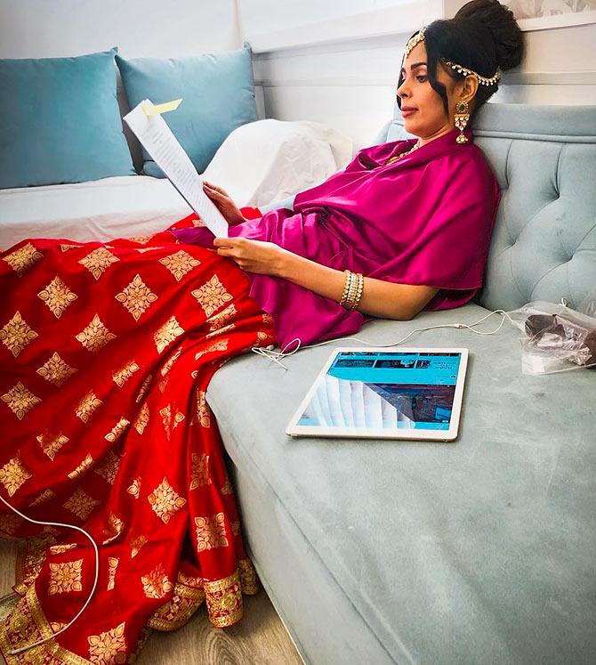Mallika unwinds on the sets of Booo Sabki Phategi. Photograph: Kind courtesy Mallika Sherawat/Instagram