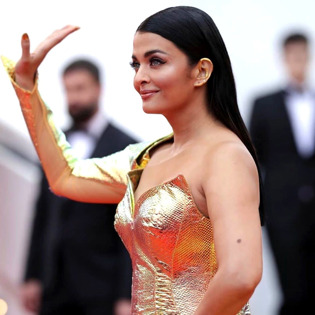 Did Aishwarya charm you at Cannes? Vote