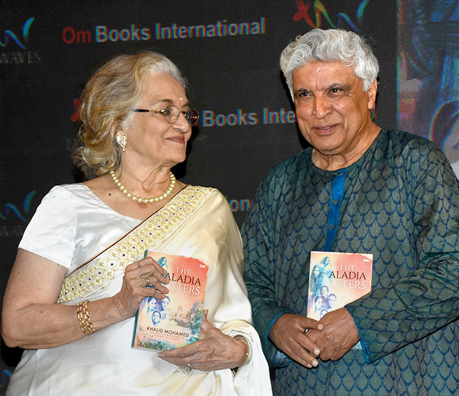 Asha Parekh and Javed Akhtar