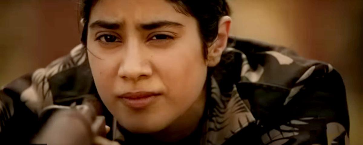 Trailer Review Janhvi Looks Promising As Gunjan Saxena Rediff Com Movies