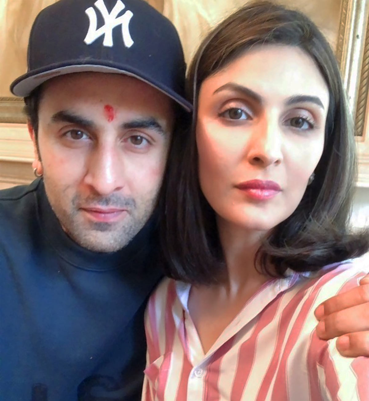 PIX: Ranbir-Riddhima lunch with Kareena