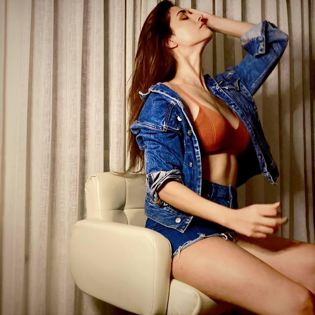 Kareena Kapoor starts shooting again