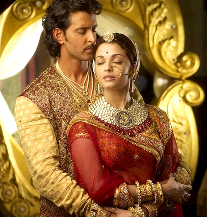 Making Hrithik Aishwarya Look Gorgeous In Jodhaa Akbar Rediff Com Movies Aishwarya rai (also known as aishwarya rai bachchan) is an indian film actress and former rai's portrayal as jodha bai in the 2008 epic film jodhaa akbar earned her another filmfare the stardust awards is an award ceremony for hindi movies, which is sponsored by stardust magazine. making hrithik aishwarya look gorgeous