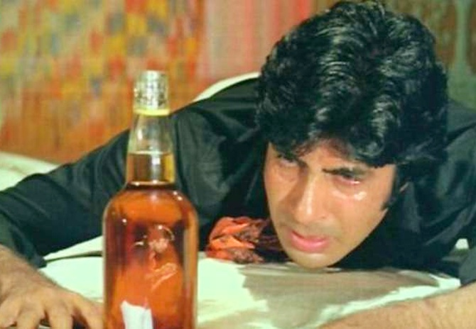 Vat 69 to Coke: What Bollywood drinks in the movies
