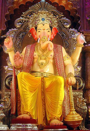 Covid effect: Mumbai ka Raja to have 4-ft Ganesh idol