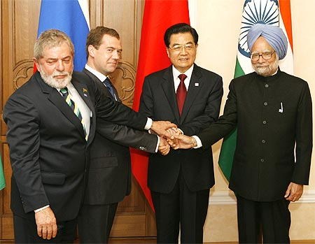 Brazil's President Luiz Inacio Lula da Silva, Russian President Dmitry Medvedev, Chinese President Hu Jintao and Prime Minister Manmohan Singh pose for a photo at the BRIC summit in Yekaterinburg