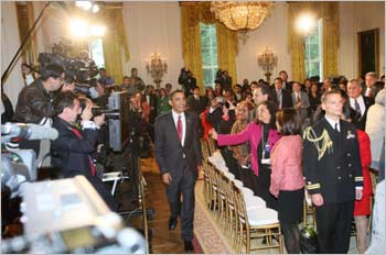 Obama greets Indian Americans