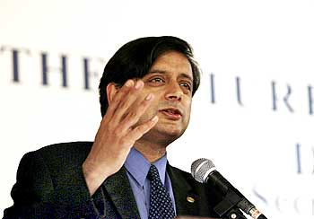 Shashi Tharoor during a lecture in Singapore, July 2006.