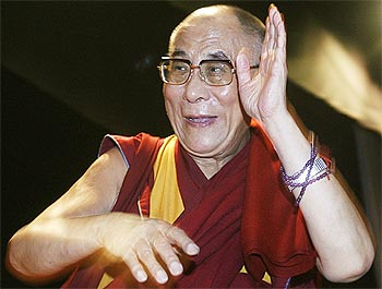 Hindi Chini Bhai Bhai, says Dalai Lama on Doklam standoff