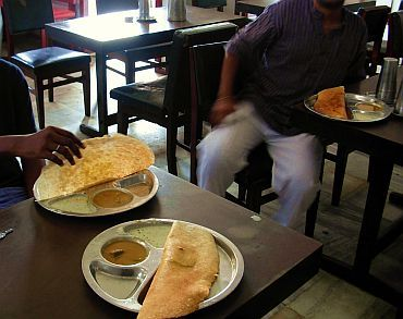 Masala Dosa being served in an Udipi hotel in Mumbai