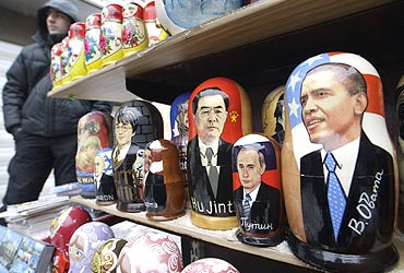 Russian dolls depicting US President Barack Obama and Chinese President Hu Jintao
