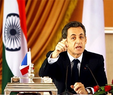 Sarkozy applauded India's efforts to normalise relations with Pakistan