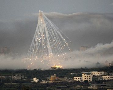 File photo shows Israeli air raid in Gaza using cluster bombs