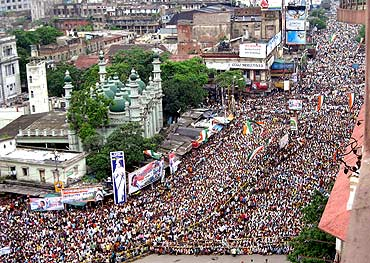 Crowds at a rally by Railway Minister Mamata Banerjee in Kolkata