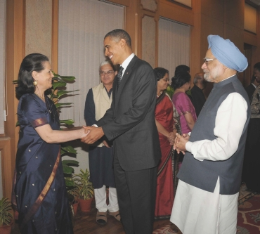 US President Barack Obama greets Congress chief Sonia Gandhi