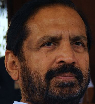 No VIP treatment at AIIMS! Kalmadi admitted after 5-hour wait
