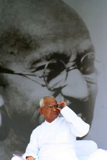 Anna Hazare on indefinite fast at Ramlila Maidan on Saturday