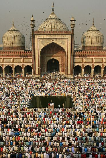 Muslims at Delhi's Jama Masjid