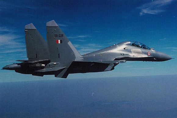 IAF chief flies SU-30 MKI to restore pilots' confidence
