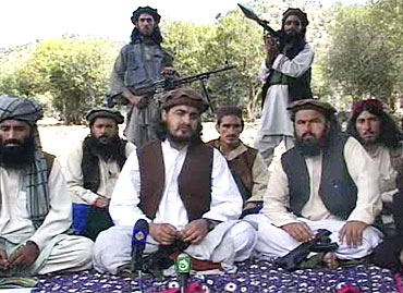 Pakistani Taliban chief Hakimullah Mehsud with other millitants in South Waziristan