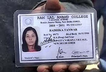 Protest Delhi com India - Rediff News Varsity Murder Students Girl's
