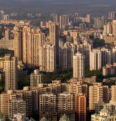 Why has Mumbai ceased to attract migrants?