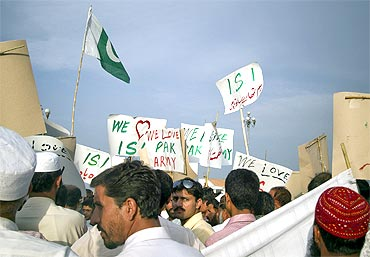A rally in favour of Pakistan's army and ISI in Islamabad