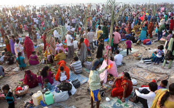 In PIX: Chhath celebrations pass off peacefully in Mumbai