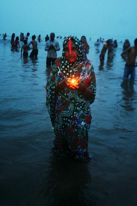 In PIX: Chhath celebrated with traditional fervour in Mumbai
