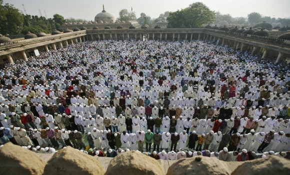 Prayers and piety mark Eid al-Adha