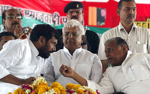 Chiefs of crucial alliance partners in the UPA I: RJD chief Lalu Prasad Yadav, SP chief Mulayam Singh and LJP chief Ram Vilas Paswan