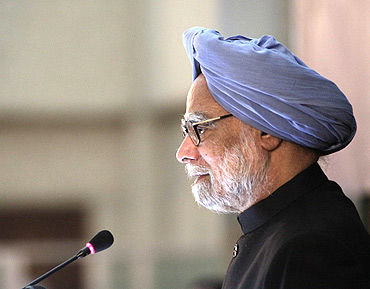 PM Singh speaks at the University of Dhaka on September 7
