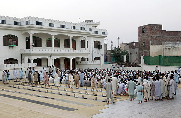 Supporters of JuD at their headquarter Jamia Qadsia