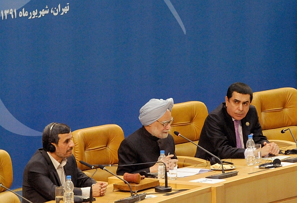 Prime Minister Dr Manmohan Singh addressing the XVI Non-Aligned Movement Summit in Tehran. Iranian President Mahmoud Ahmadinejad is also seen